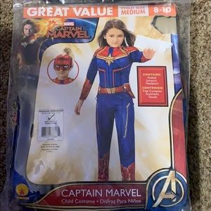 Girl's Captain Marvel Halloween Costume size 8-10